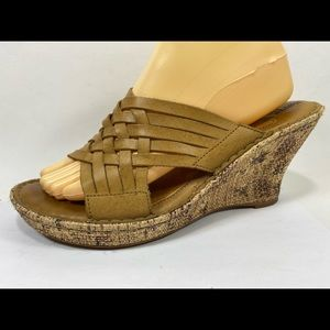 Born Drilles Leather Wedge Sandals Women's 10M